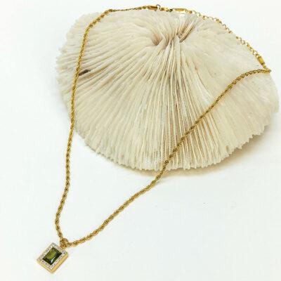 Χρυση Αλυσίδα με πρασινή πετρα κρυσταλλο