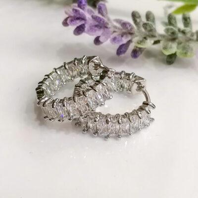 μικρο ασημι σκουλαρικι κρικακι με διαφανες μικρες πετρες
