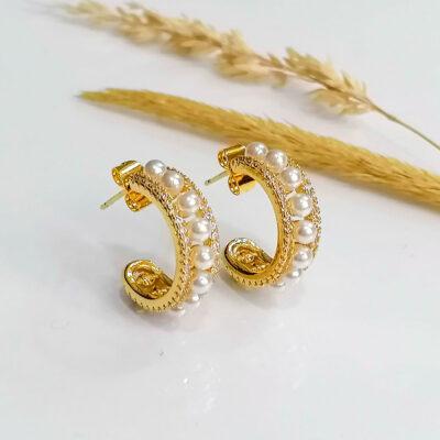 σκουλαρικι χρυσο με μαργαριταρι και μικρες πετρες